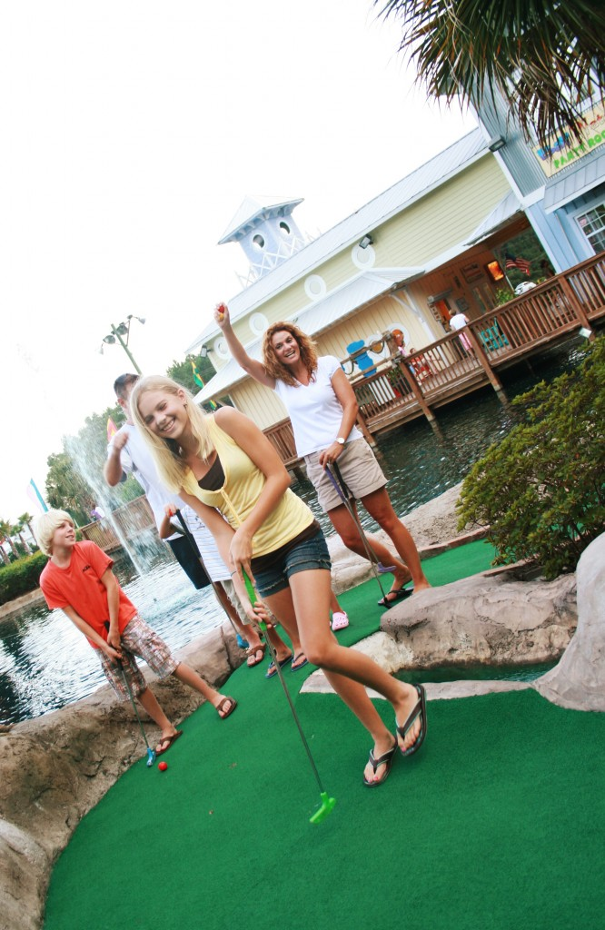 Enjoy mini golf while on vacation in Myrtle Beach at Plantation Resort!
