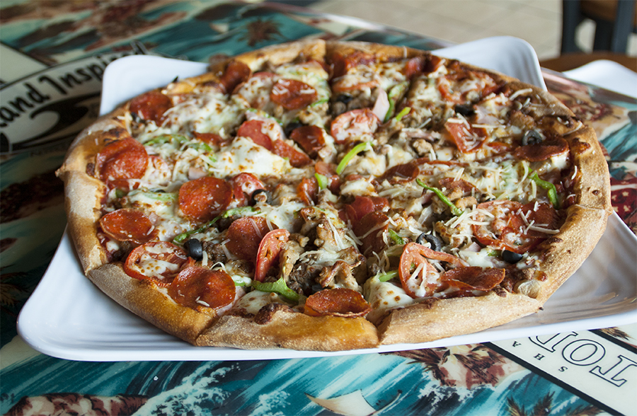 Plantation Resort guests receive a discount on Ultimate California Pizza and other Divine Dining locations while on vacation in Myrtle Beach.